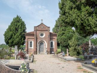 busto erbacce cimitero