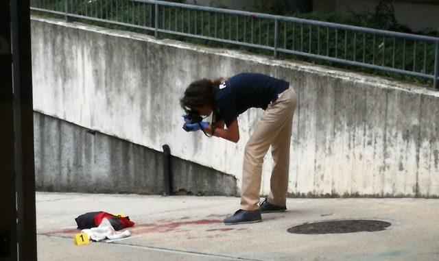 benzinaio sparatoria busto complice