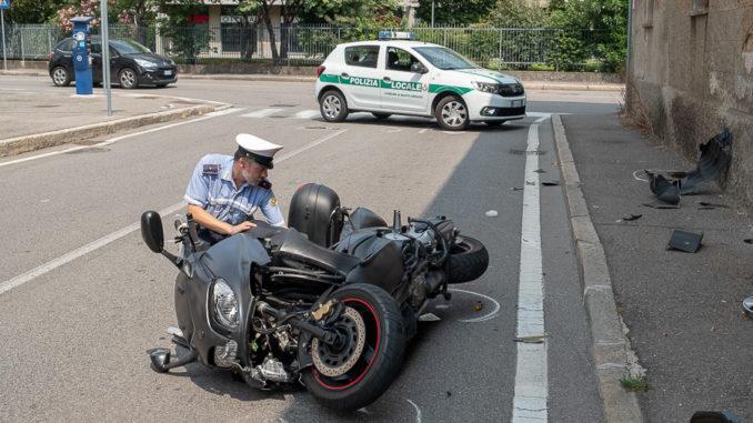 busto neopatentata scooterista