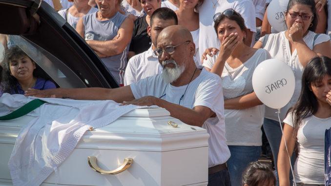 Funerali bambino busto