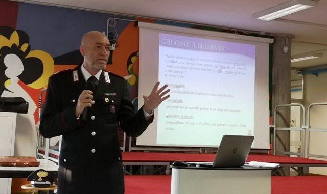bullismo carabinieri gallarate