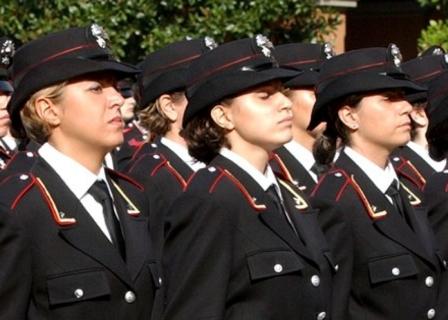 carabinieri donna somma