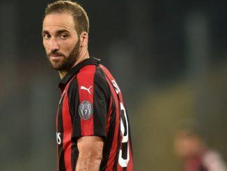 Higuain Rossonero Juventus