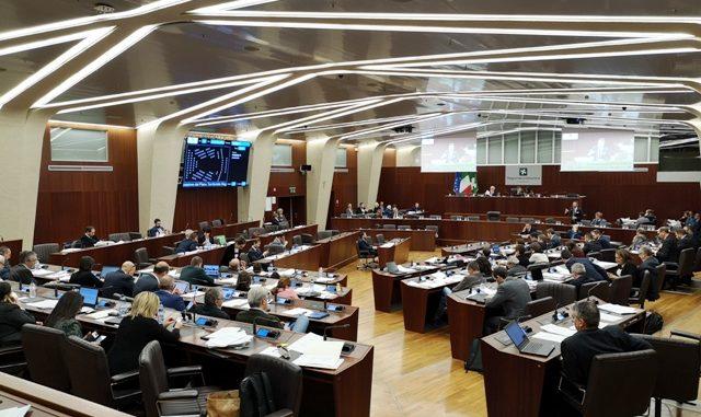 regione lombardia fonmgtana referendum