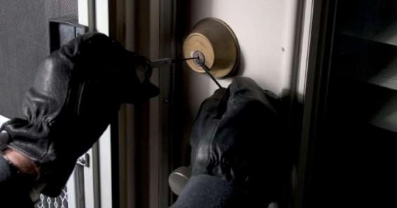 sesto ladro denuncia furto