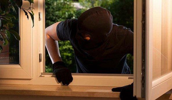 olgiate furti ladri