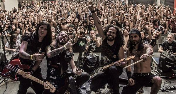 thrash metal busto
