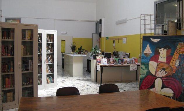 samarate biblioteca orario