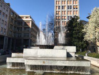 fontana piazza garibaldi busto