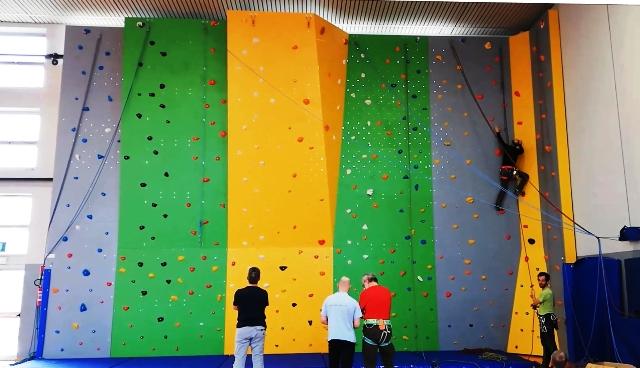 Parete arrampicata sportiva gallarate