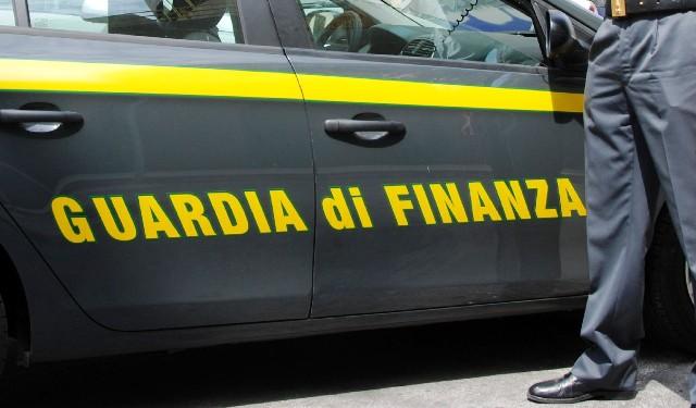 Latitante guardia finanza malpensa