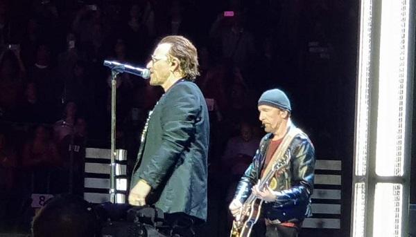U2 pisani libro figlio 01