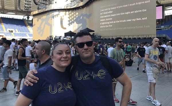 U2 pisani libro figlio 02