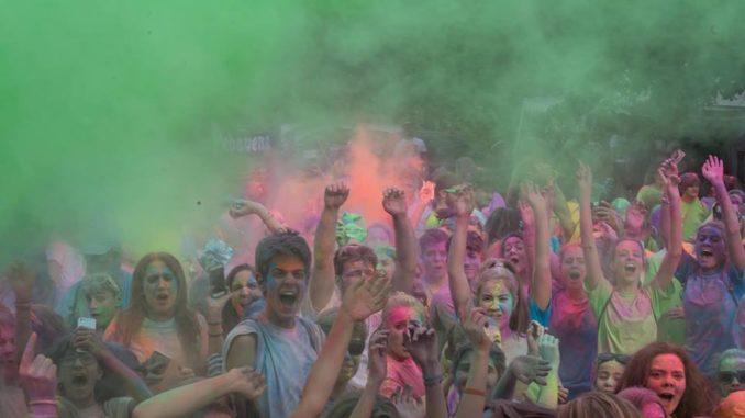 lonate corsa colori festival