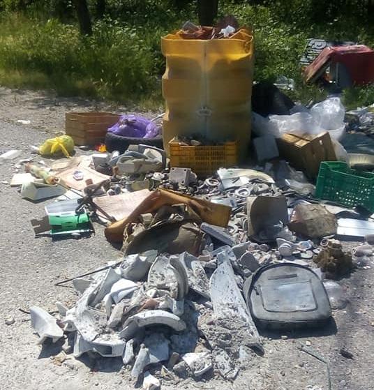 rifiuti gallarate pd via lazzaretto