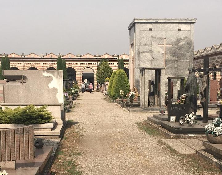 auto cimitero busto controlli