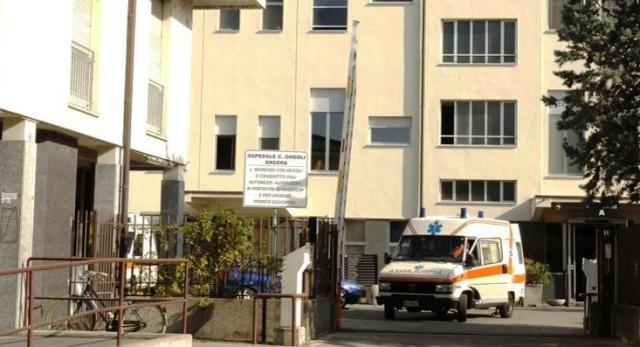 sindaci depotenziamento ospedale angera