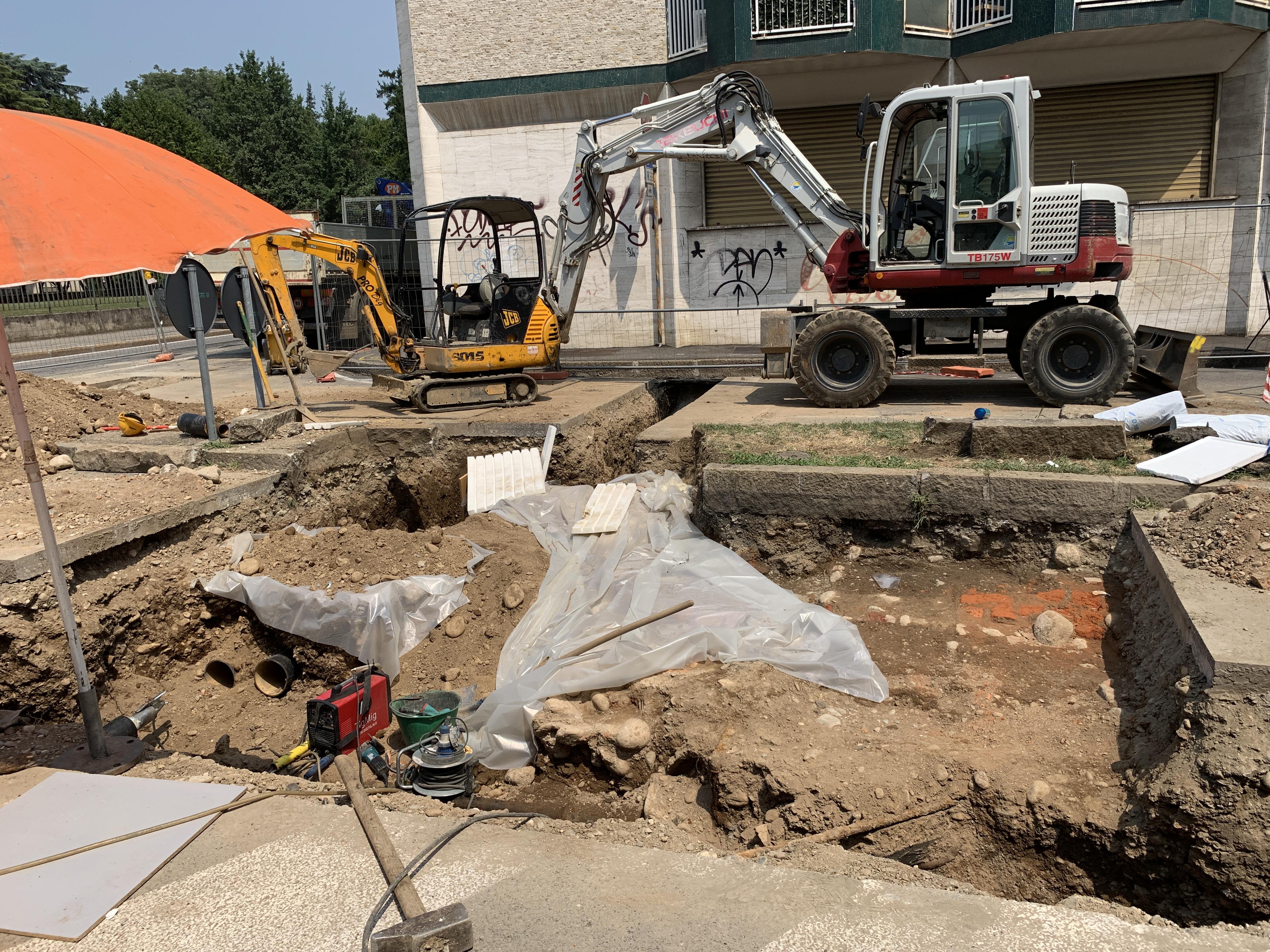busto parona scavi piazzetta 1