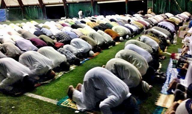 Cardano musulmani preghiera lega