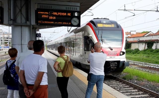 treno gallarate malpensa ferrovia