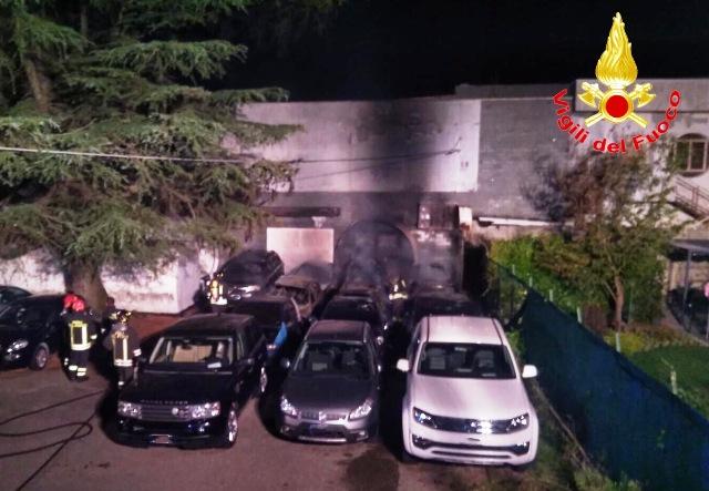 Cardano incendio parking malpensa