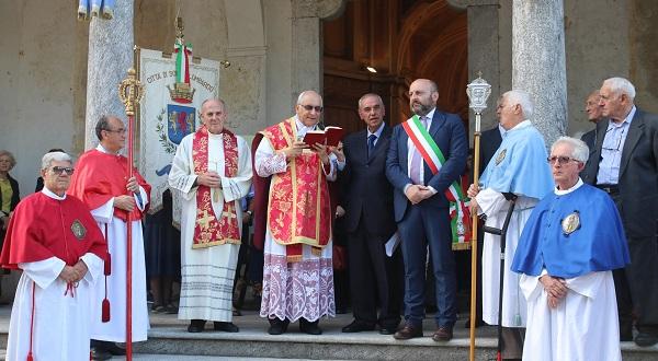 Monsignor Sessa Lazzaretto Somma