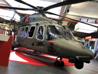 leonardo elicottero londra militare