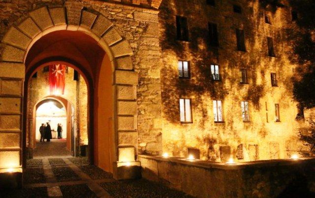 stanze viventi castello somma
