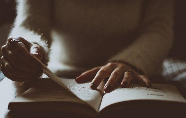 biblioteca busto sfida lettori