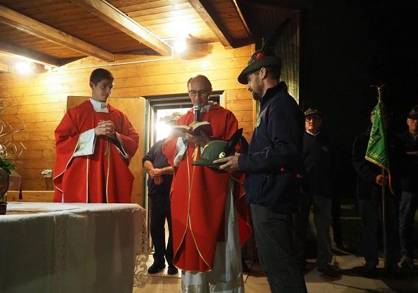 Gli alpini di Olgiate Olona hanno un nuovo cappellano: è don Giovanni Calastri - MALPENSA24 - malpensa24.it