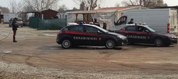 busto carabinieri rissa nomadi