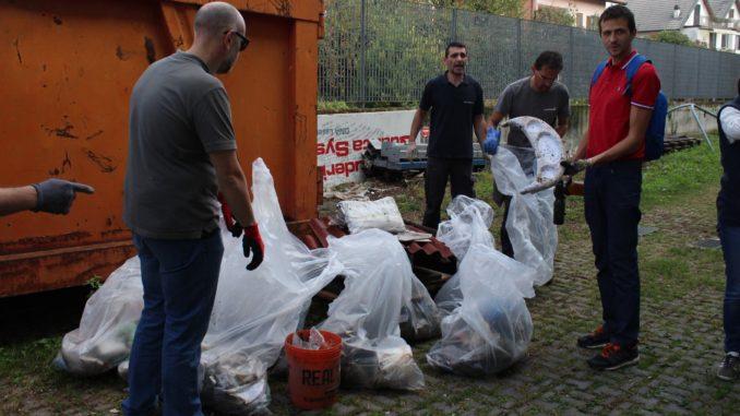 samarate volontari pulizia boschi