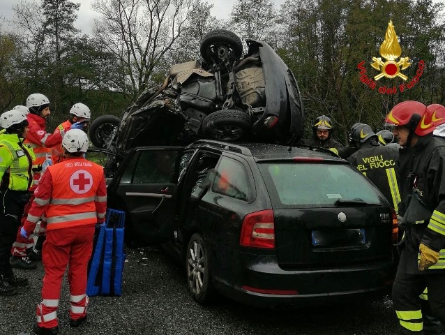 caravate incidente morto