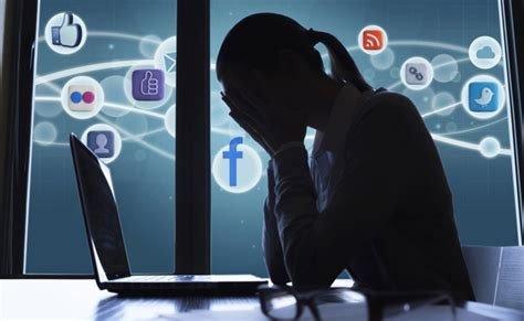 legnano cyberbullismo cyberstalking scuola