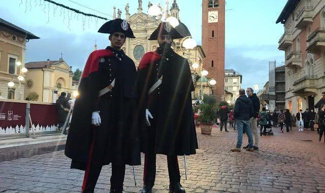 busto carabinieri grande uniforme