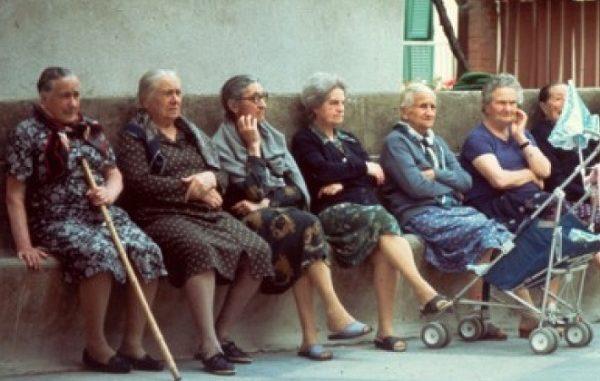 donne anziane varese cgil