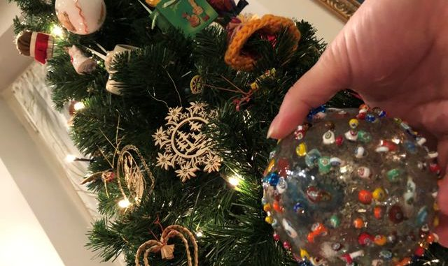Addobbi Natalizi A 1 Euro.Ruba 200 Euro Di Addobbi E Lucine A Olgiate Preso Il Ladro Del Natale Malpensa24