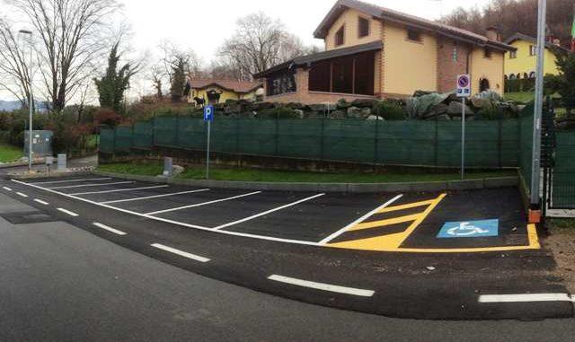 Casale Litta parcheggio disabili