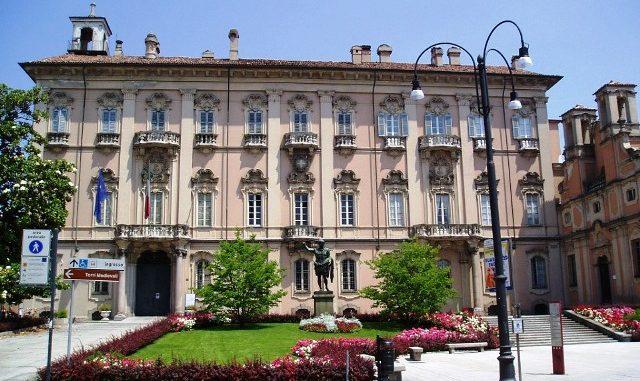 Pavia copia incolla Gallarate
