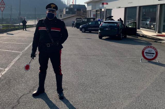 controlli covid carabinieri