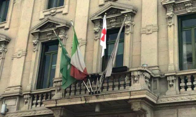 Gallarate bandiera Ue municipio
