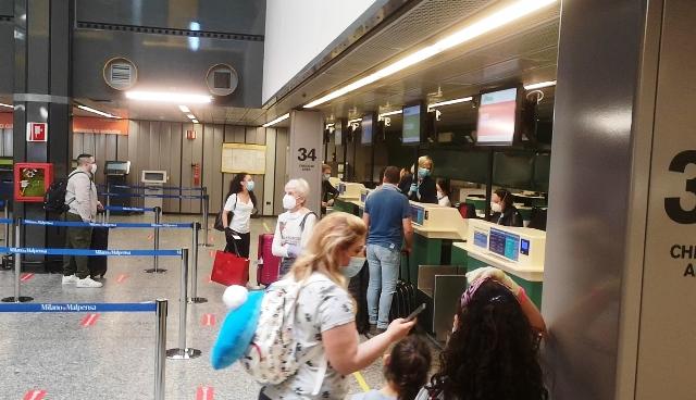 Alitalia overbooking disagi malpensa