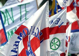 busto bandiere lega