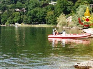 ispra annega lago maggiore
