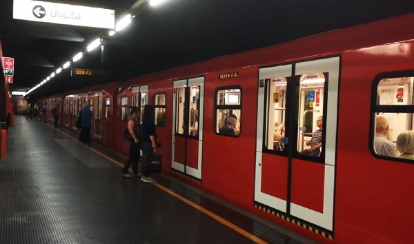 lega trasporti metropolitana gazebo