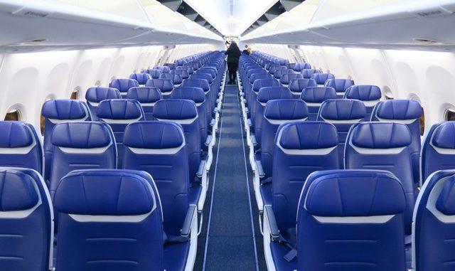sedile vuoto distanziamento aereo