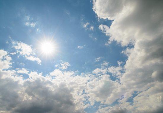 sole aria fresca nubi