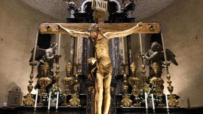 arsago crocifisso restaurato chiesa