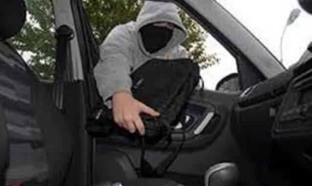vergiate ladro auto runner