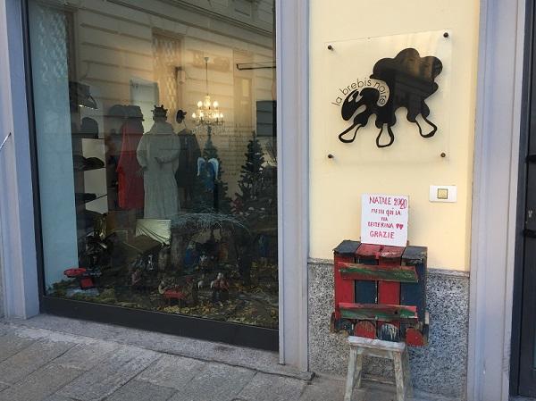 busto arsizio negozio letterine covid